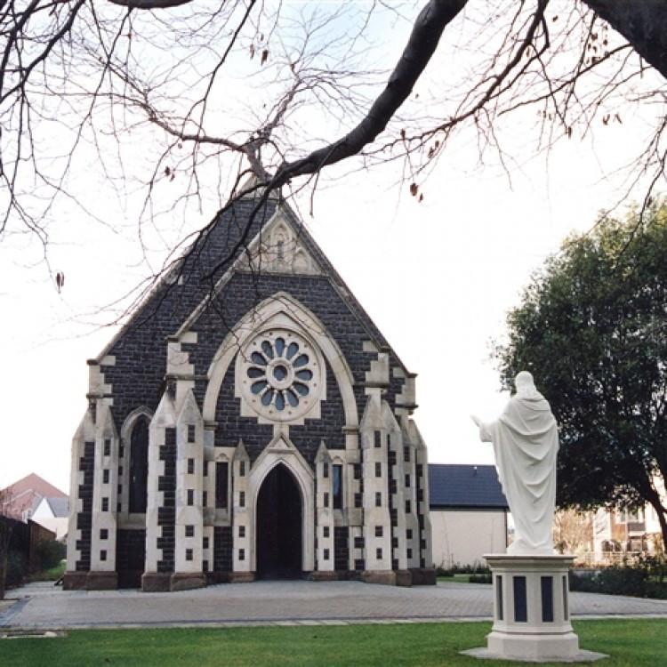 ヒストリカル・ローズ教会
