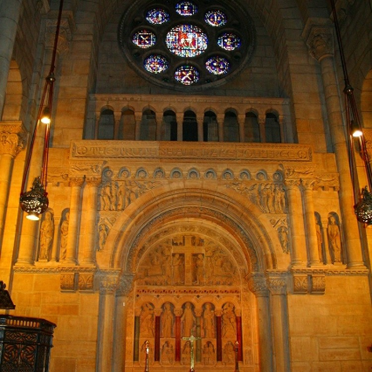リバーサイド教会 大聖堂