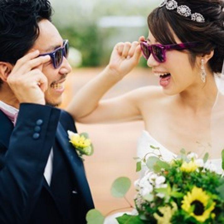 オシャレ花嫁の最新トレンドアイテム!「サングラスウエディング」って知ってる?