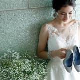 結婚式は足元から美しくをテーマに、ご成約の花嫁様にはウェディングシューズをプレゼント