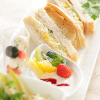 【嬉しい朝食ブッフェ付!】限定2組×会場見学ウエディングフェア