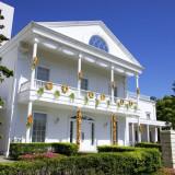 「ジョージアンテラス」は19世紀ジョージア州の邸宅のようなゲストハウス。