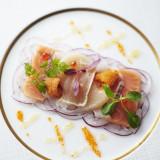 ひと皿ひと皿が芸術品のように美しい。フランス料理の王道を極めた本物のお料理でゲストをおもてなしして。