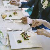 一度食べるとホテルのファンになる、自慢のお料理でゲストをおもてなしします
