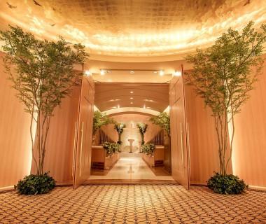 【今春リニューアル!】大理石や天然木を使った美空間。最大100名まで収容可能