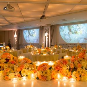 イエロー×オレンジのビタミンカラーで鮮やかに!会場全体が明るい雰囲気に包まれます|盛岡グランドホテルの写真(1546845)