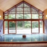 【星野エリア】美肌の湯として知られる「星野温泉 トンボの湯」