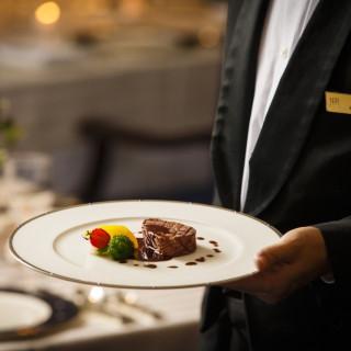 【レストラン優待カードを進呈!】ホテルをお得に利用しよう!
