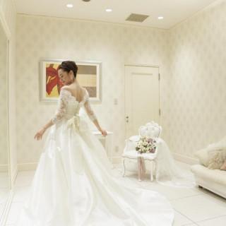★水曜日限定★結婚式まで待ちきれない!今期話題ドレス試着♪