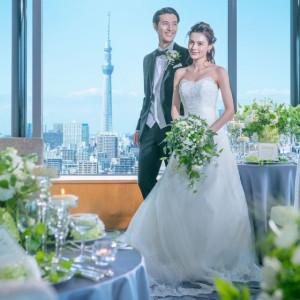 ホテル最上階カクテルラウンジパノラマでは最大47名様までのパーティーができます。東京スカイツリーや東京ゲートブリッジなど都心の景色を一望できる人気会場です。|ホテル イースト21 東京の写真(2479592)