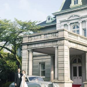 クラシックカーに乗って、おふたりの時間を味わう。|「高輪 貴賓館」 グランドプリンスホテル高輪の写真(818141)