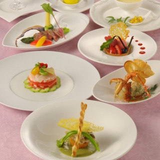 9:30【豪華食材を堪能!】ホテルの美食コース試食フェア