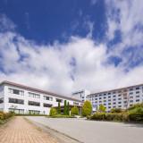 宿泊ルーム250室 独立型チャペル併設 2~250名収容可能バンケット19会場あり 周辺を自然に囲まれたリゾートホテル
