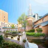 7つのガーデンを有するリゾートホテル。中世ヨーロッパを彷彿とさせる古城のような佇まい
