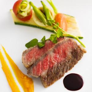 メインの近江牛は一番人気のメニュー ロイヤルオークホテル スパ&ガーデンズの写真(830113)
