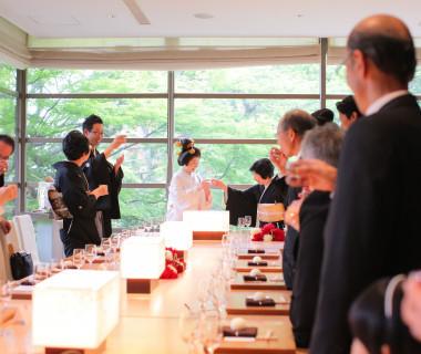 神空庭 ご家族ご親戚での会食シーン *これはご結婚式当日に撮影した実際のご様子です
