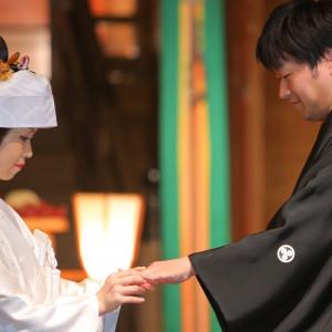 「指輪交換」*これはご結婚式当日に撮影した実際のご様子です 報徳二宮神社 報徳会館の写真(2092864)
