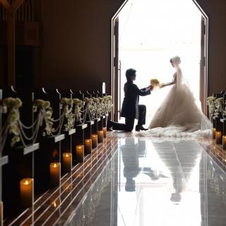 【1件目来館特典♪】\初めての見学なら!/ 結婚式場探し1軒目にご見学の2人へ 嬉しい成約プレゼント