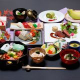 御披露目プラン[瑞祥]¥21,000/1人。和食と洋食がコラボレートされた和洋折衷料理です。それぞれの職人が心を込めて作り上げ、質・量ともにご満足頂ける事まちがいなし。