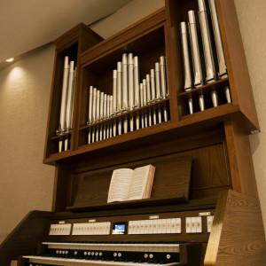 天井も高く、生演奏が幻想的に響き渡ります ANAクラウンプラザホテル神戸の写真(675555)