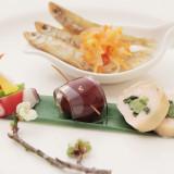 お箸を使ったお料理も好評。和風の前菜でゲストの皆様も安心
