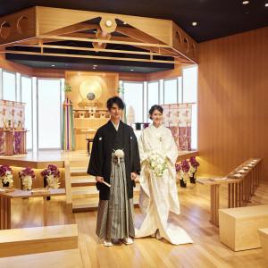 *清明殿~月の神殿* 月のようにやわらかく満ちた温かな光の中で心に残る挙式が叶えられます。 成田ビューホテルの写真(5503331)