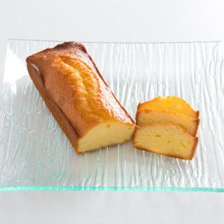 ご来館された方にもれなくオリジナルパウンドケーキをプレゼント!