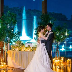 キャンドルの灯りが幻想的に|和田倉噴水公園レストラン (パレスホテル直営)の写真(884737)