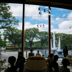 パーティ中も大噴水の動きが演出に|和田倉噴水公園レストラン (パレスホテル直営)の写真(892823)