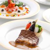華やかなフランス料理はご披露宴の定番。非日常のお料理でゲストをおもてなし♪