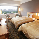 ご宿泊のお部屋からは皇居やスカイツリーが望め、ゲストのいい思い出に。料金もお一人様\11,660~からのご案内と東京駅近でリーズナブルな価格帯も人気!
