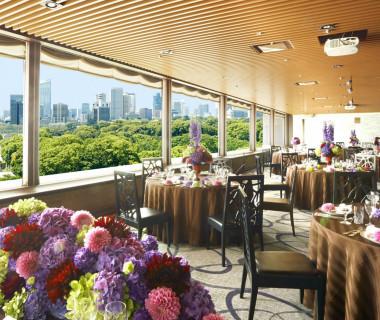 レストランスタイルで落ち着いた雰囲気の「芙蓉」レストランならではのオリジナル特別メニューが人気!【60~80名】