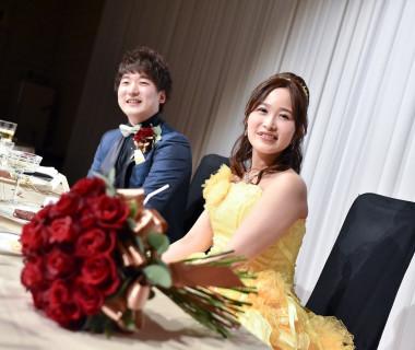 披露宴もお二人こだわりの演出をいれて、オリジナルな結婚式が叶います。