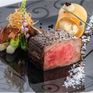 ◆月曜限定BIG◆国産牛フィレ肉・天然真鯛の食べ比べフェア♪