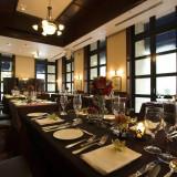 レストラン『ル・カフェ』。アットホームなコーディネートから上質で豪華なコーディネートまで自由自在に