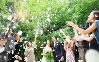 フラワーシャワーの祝福を|リビエラ東京の写真(3532399)