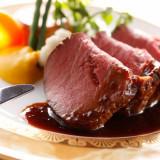 やわらかなお肉からあふれる肉汁がお口いっぱいに広がります