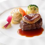 【プレミアムフェア】シェフ特製国産牛フィレ肉無料試食!