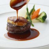 【牛フィレ試食フェア特典】シェフ特製料理コースよりメインのワンプレート試食