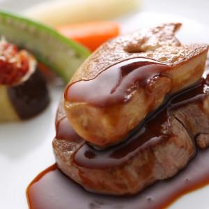 ゲストのお好みや披露宴のテーマにふさわしいお料理をご提案|名古屋観光ホテルの写真(338428)