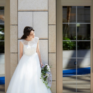 【平日限定フェア】洗練ホテル空間×憧れドレス試着体験