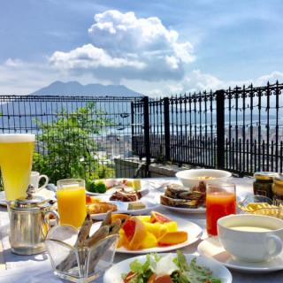 【9時スタート】人気の朝食バイキング付◆ホテル体感フェア