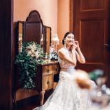#専用のブライズルーム #各パーティ会場に完備 #ヘアメイクやドレ スのお仕度 #美しい花嫁になるためのお洒落な部屋