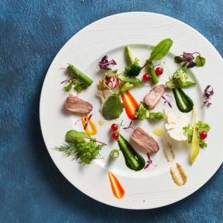 残2【土曜限定】国産牛含む5品コース試食×特別ドレスフリープラン