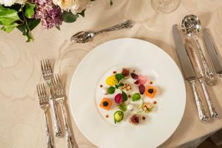 ゲストを料理でおもてなし|帝国ホテル 東京の写真(2910149)