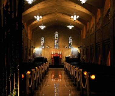 実在する教会をモチーフとした サンタ・アンジェリ大聖堂