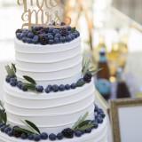 パティシエとの打合せでフォトジェニックなケーキを作れるのも嬉しい!シンプルなデザインも大人気!