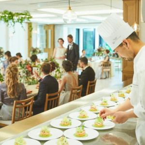 【卒花人気No.1】料理特典付*緑溢れる一軒家でフルコース美食会