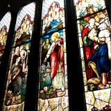 教会正面のステンドグラス