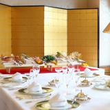 結納・お顔合わせもホテル館内で。料亭『万葉亭~まんようてい~』、中国料理『黄河~こうが~』、フランス料理『パルテール』3店舗は全て個室を完備。
